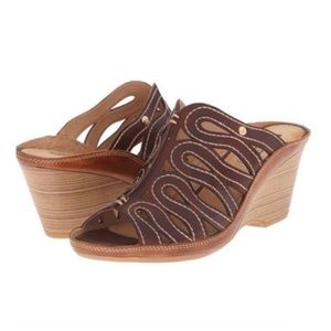 Pikolinos Caged Cut Out Leather Wedge Slides 9.5